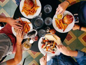 食べ過ぎ 過食 カロリーオーバー